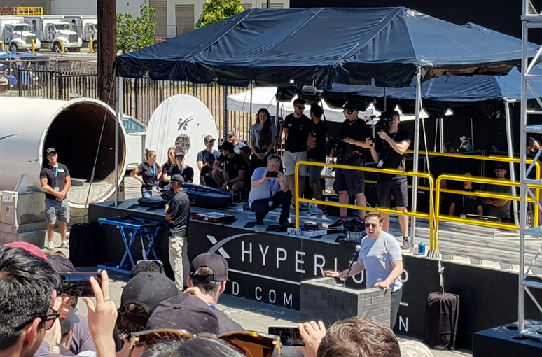 elon musk hyperloop pod competition 2018